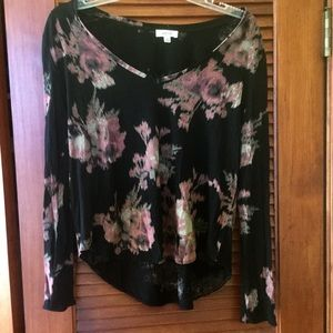 Long sleeved top by Wilfred